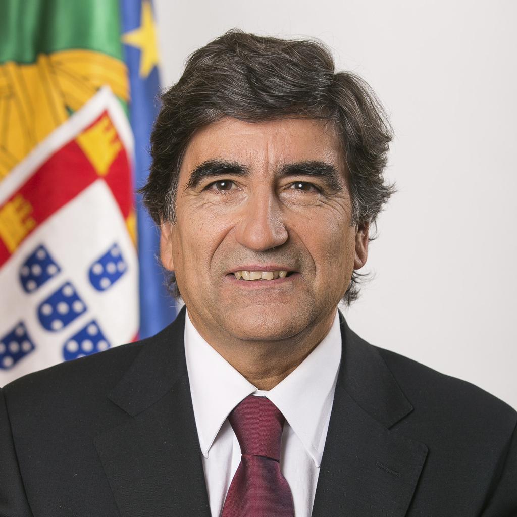 Resultado de imagem para Secretário de Estado do Ambiente, Eng.º Carlos Martins